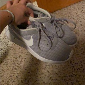 Grey Nike roshes